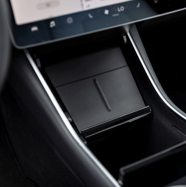 Tesla Model Y Includes A Wireless Phone Charger As Standard Feature
