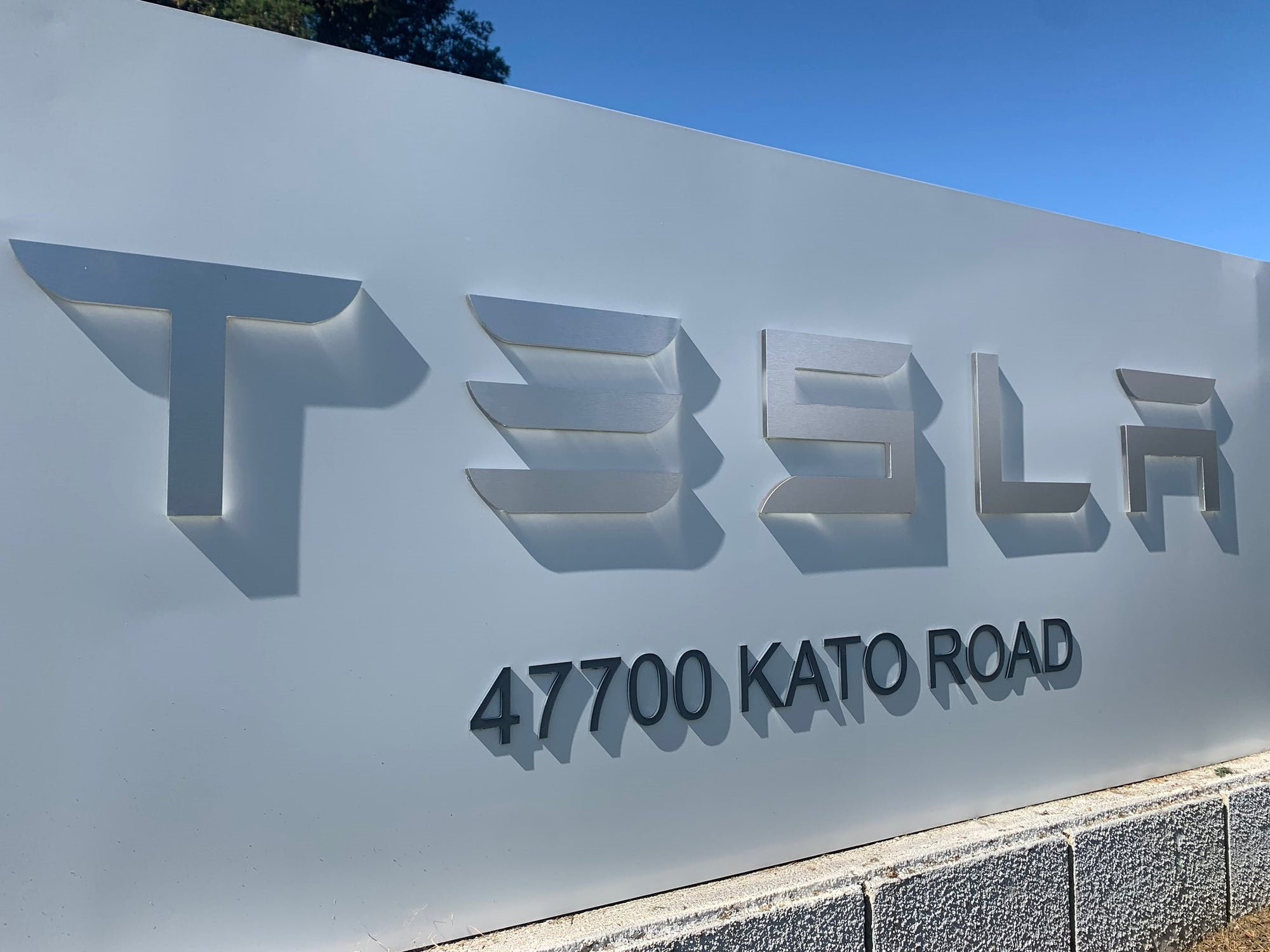 Tesla Roadrunner Project at Kato Road Is World's Most Advanced Battery Line