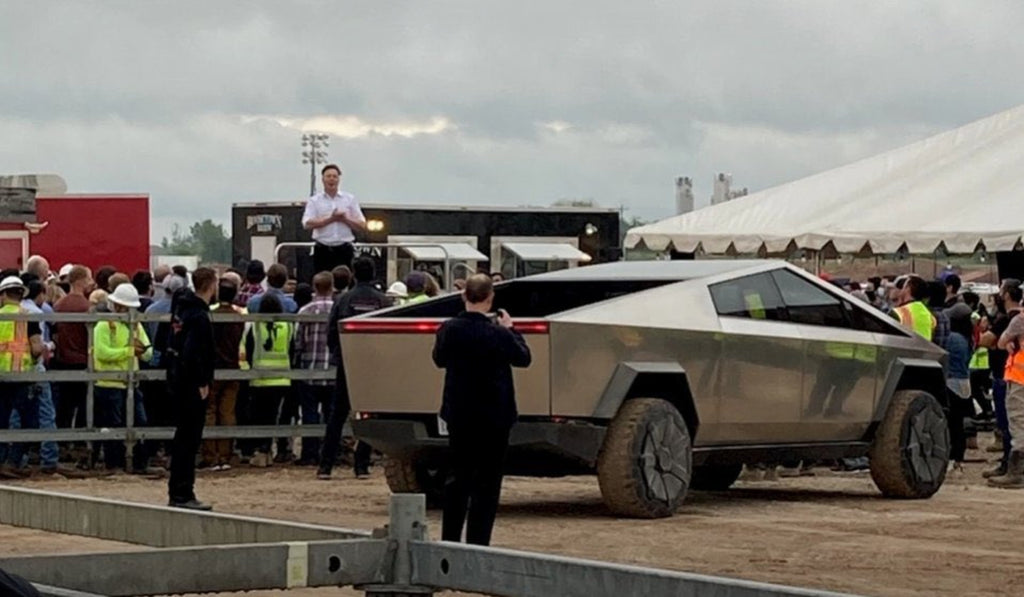 Tesla CEO Elon Musk Visits Giga Texas in Stunning Cybertruck, Recognizes Workers for Good Job