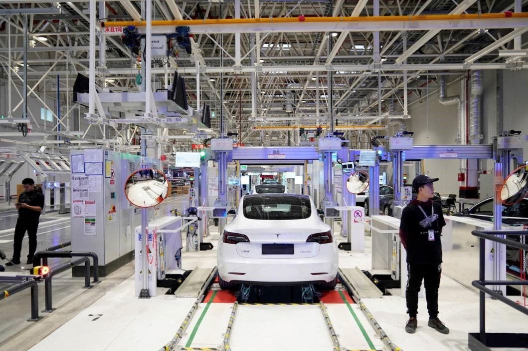 Tesla Giga Shanghai Hires Nearly 1K Workers for Model Y Production in China