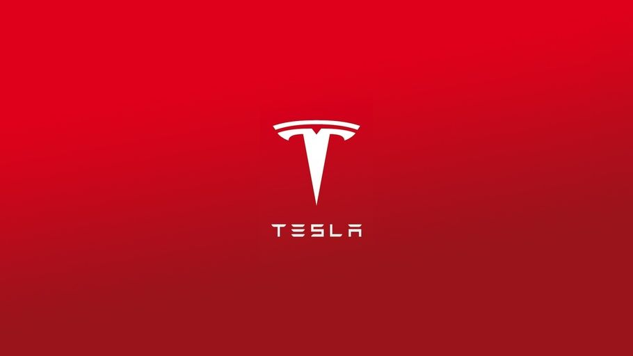 Tesla TSLA Becomes First Auto Maker to Achieve Half-Trillion Dollar Market Cap