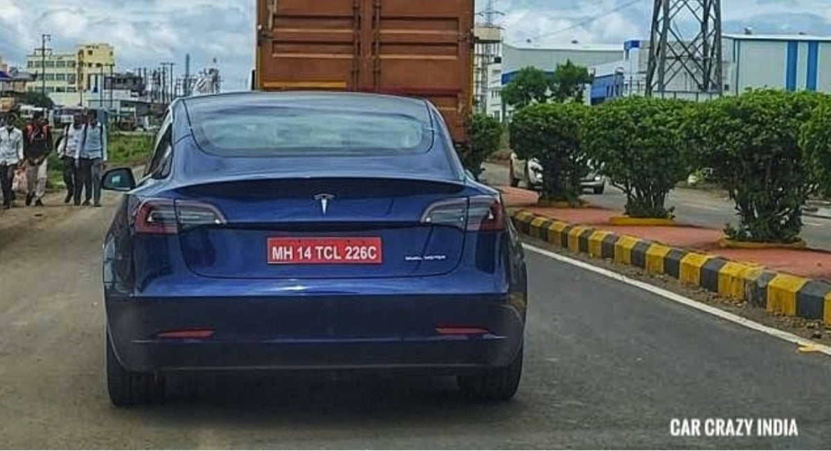 Tesla Model 3 Spotted Being Tested on the Roads of India [Video]