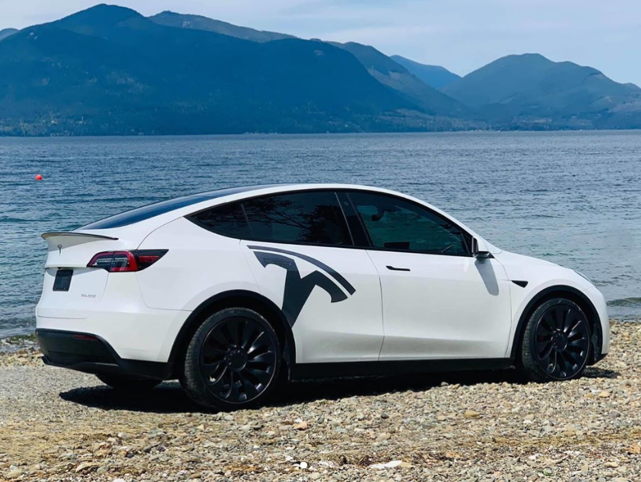Tesla Model Y Vehicles Now Arrived Canada And Ready For Delivery