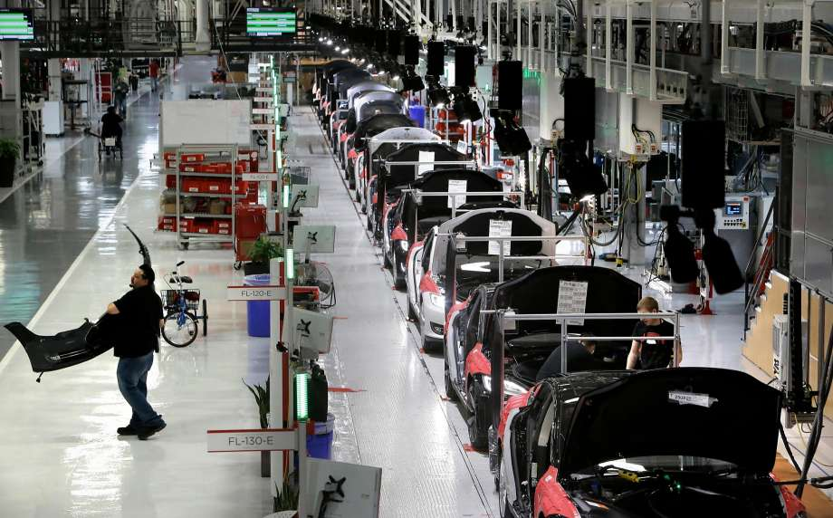 Tesla Fremont Factory On Track Towards Full Production Capacity