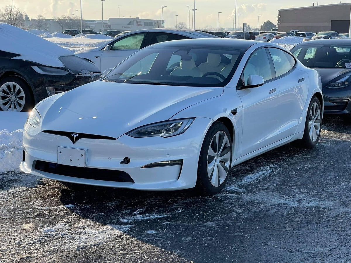 Refreshed Tesla Model S Spotted in the Wild at a Service Center in Toledo, Ohio