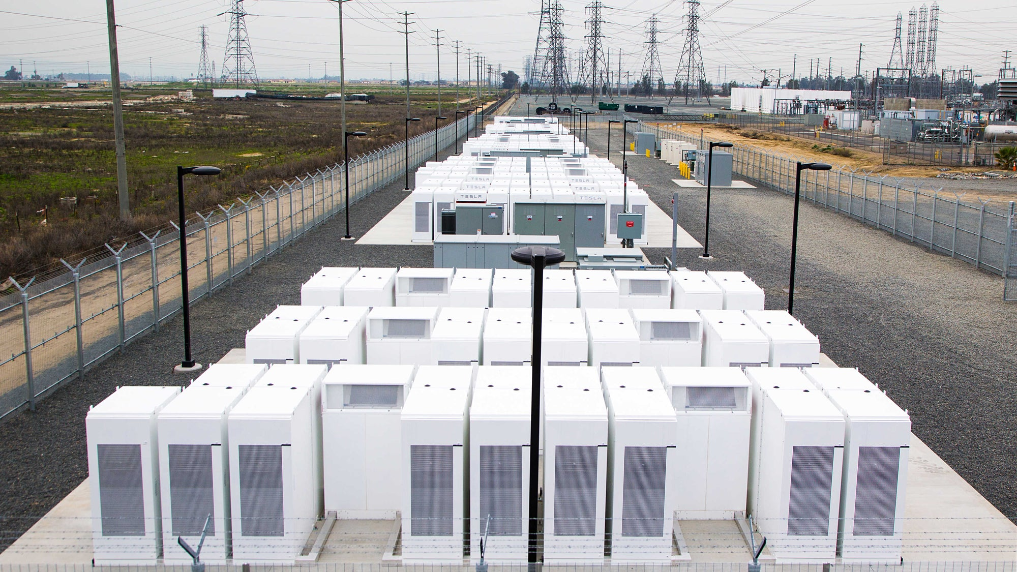 Tesla Huge Powerpack Battery Farm Extension Project in South Australia Is Completed