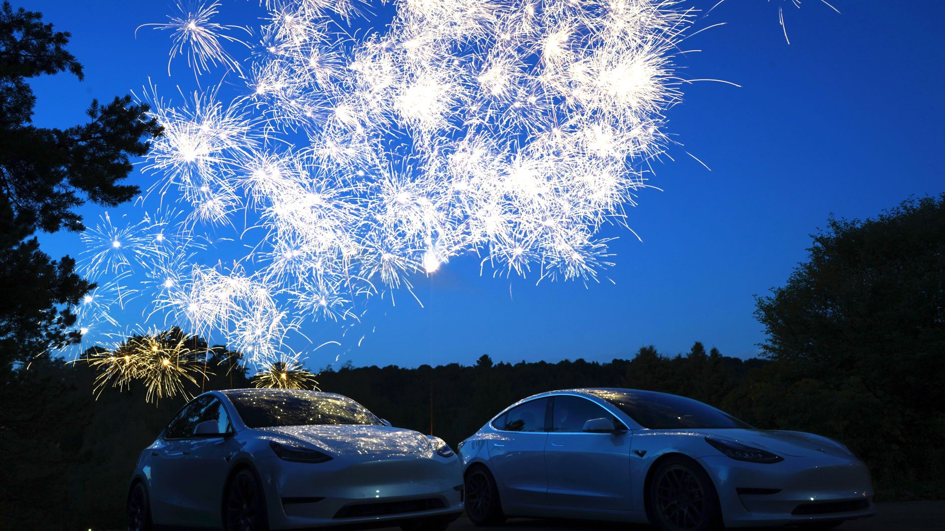 Tesla Shares TSLA Skyrocketing With Eye S&P500 Inclusion, Bears Amass $20B Shorts