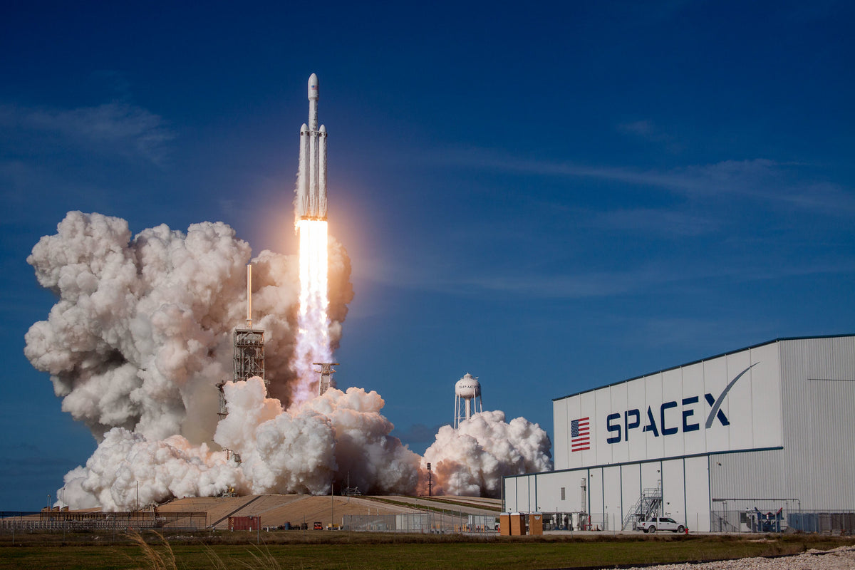SpaceX Falcon Heavy Will Launch Astrobotic's Griffin Lander Carrying NASA Rover To The Moon