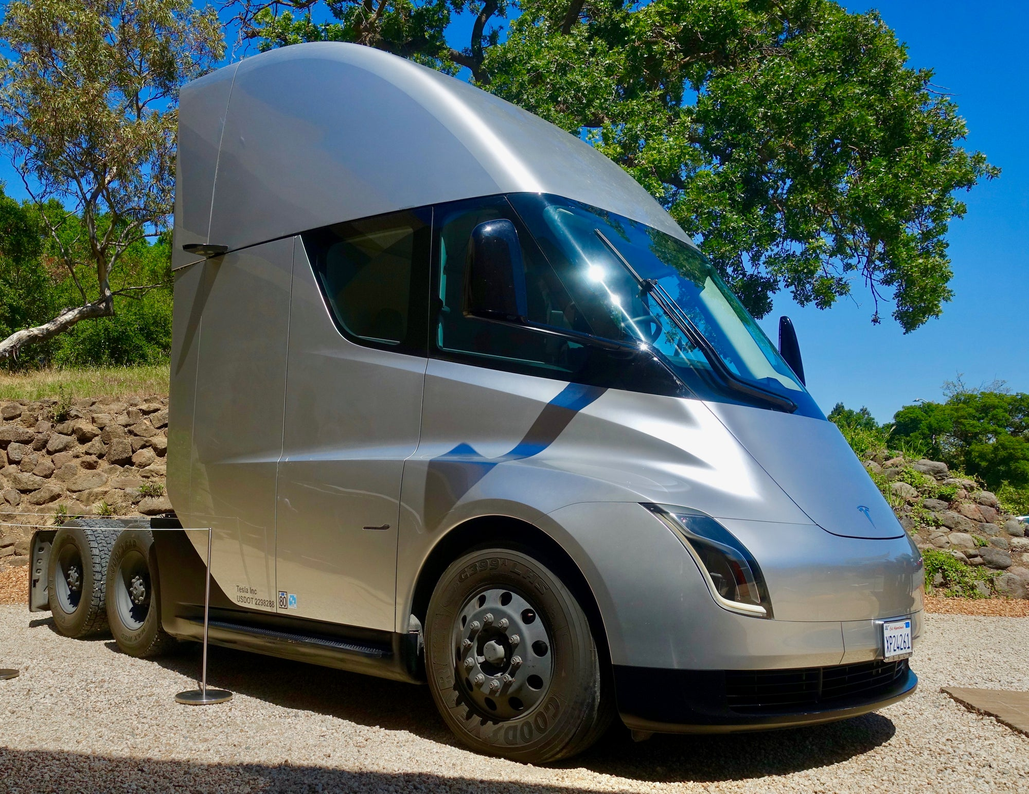 Tesla-Semi-California-CARB-Law-Advanced-Clean-Truck-Regulation