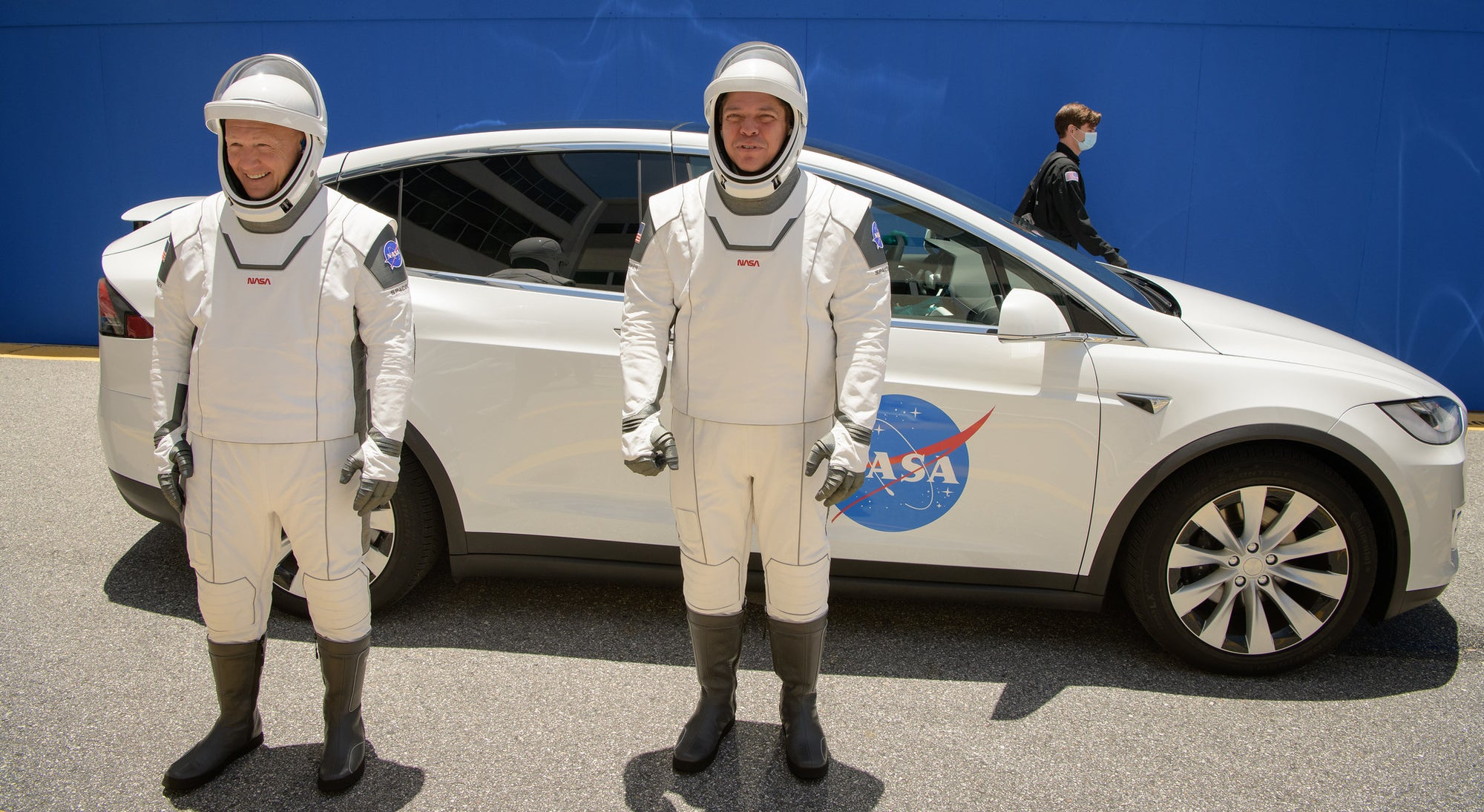 NASA Astronauts arrive in a Tesla to participate in Launch Dress Rehearsal for SpaceX mission