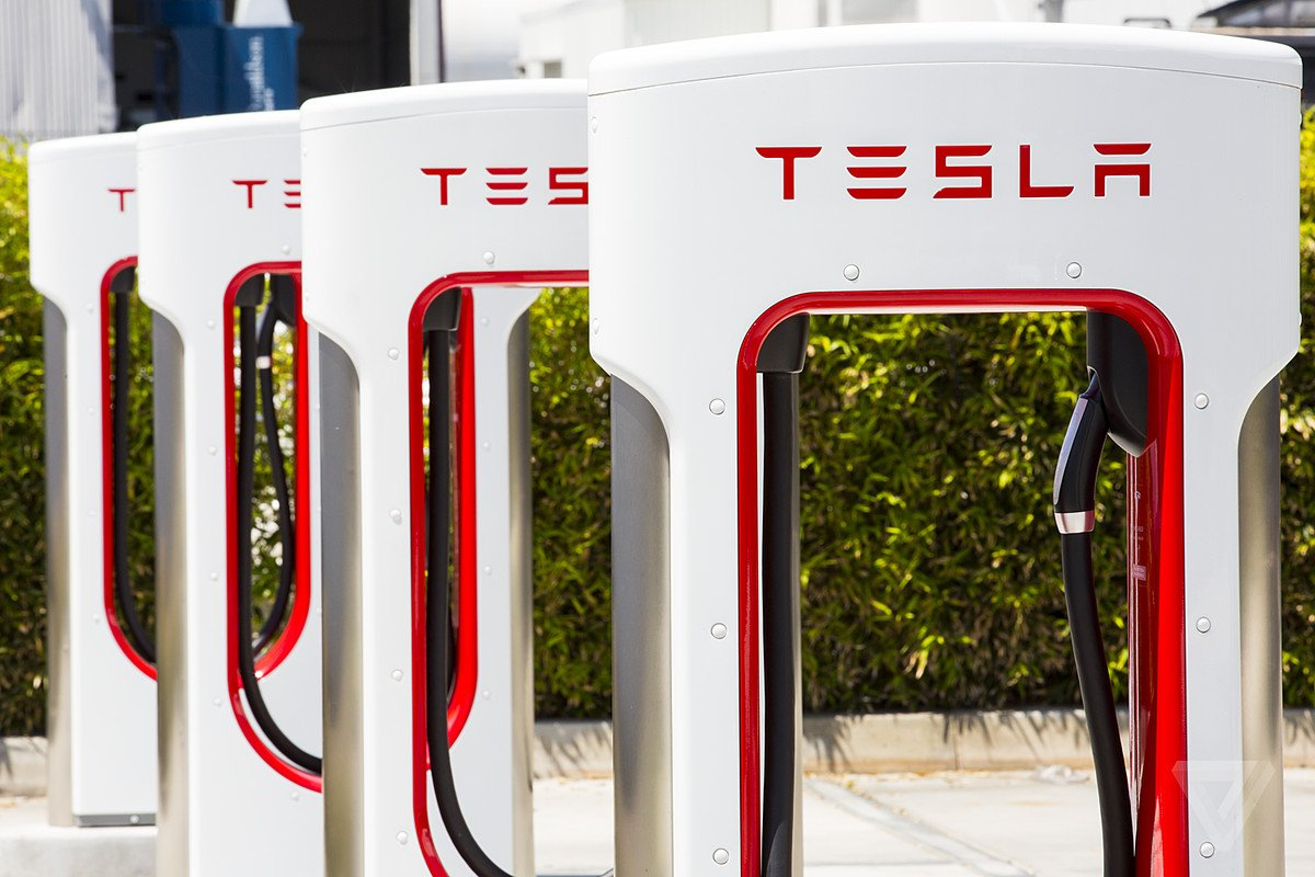 Tesla Super Charger Network Will Widen Its Lead vs Other EV Makers