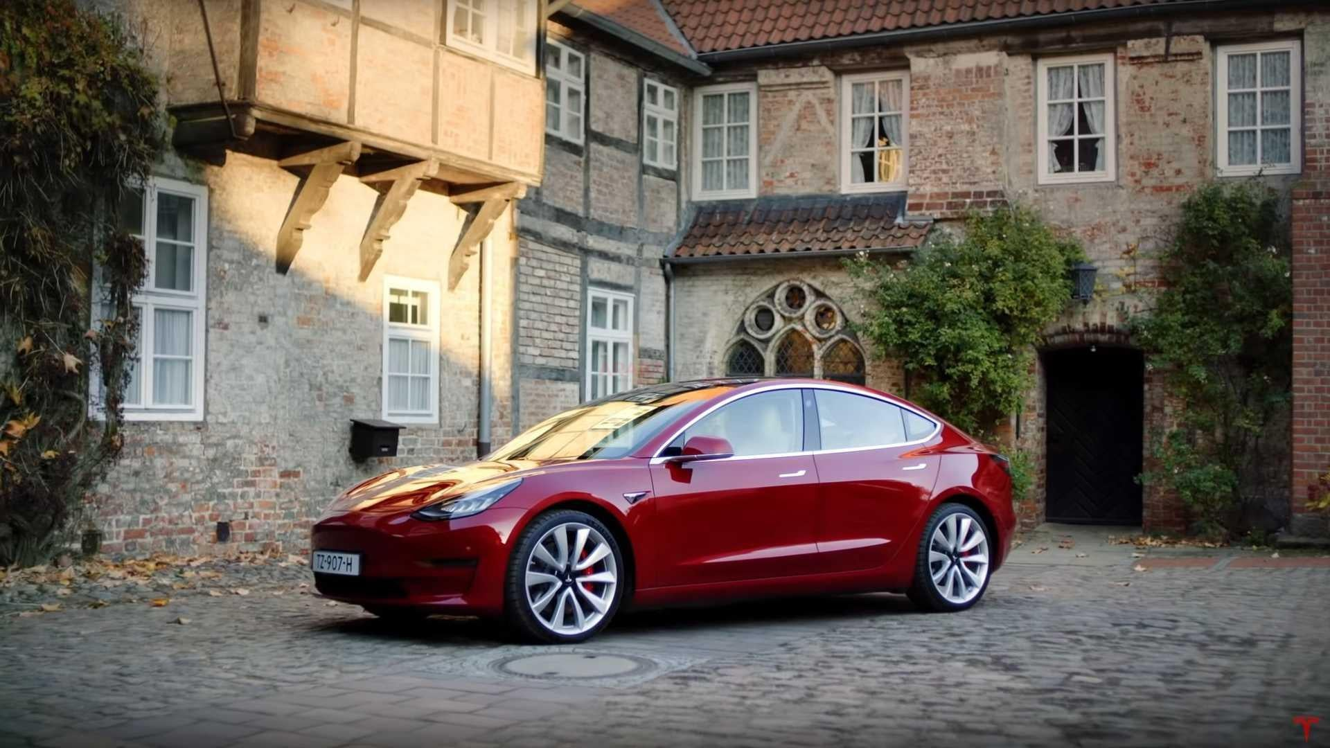 Tesla Model 3 Becomes Iceland's Best-Selling Vehicle (ALL) 1st Half 2020