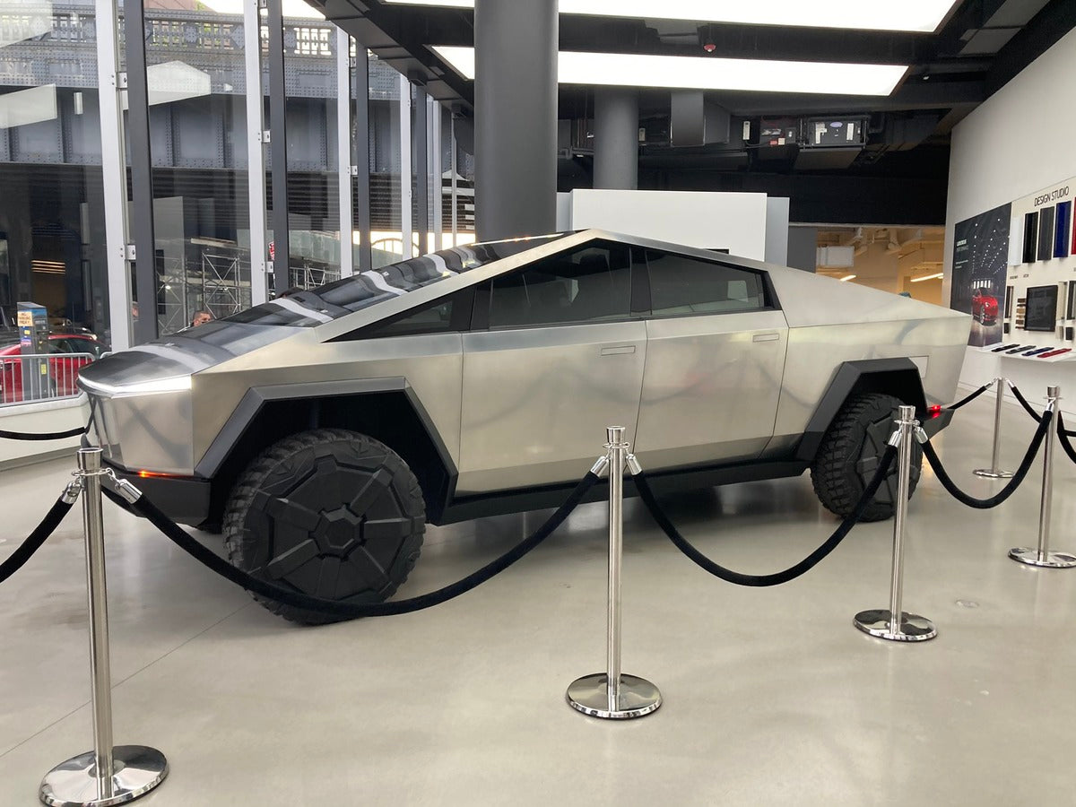 Tesla Cybertruck Attracts Crowds of Fans Eager to Catch Glimpse of The Steel Beast