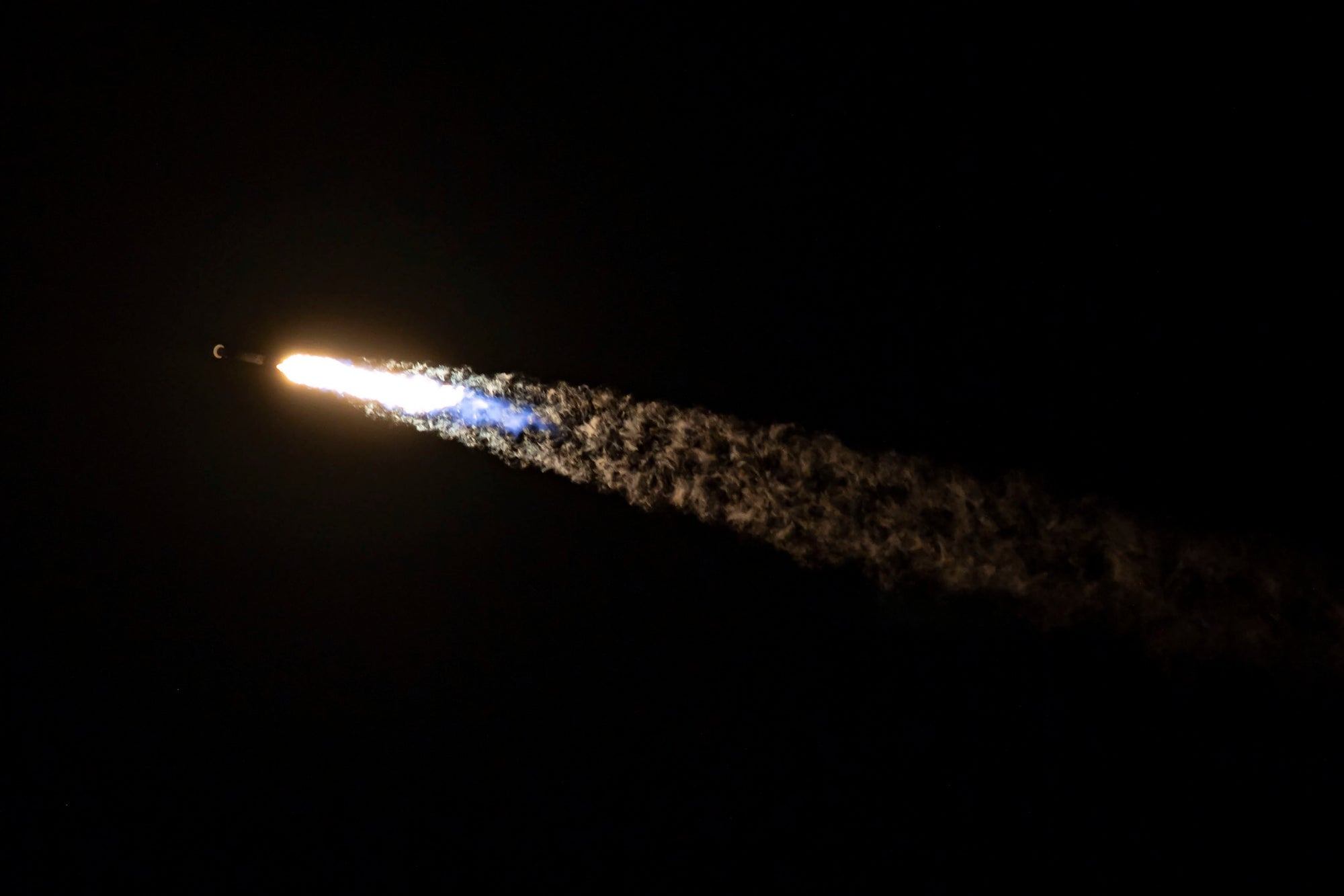 SpaceX's Previously Flown Falcon 9 Conducts Record-Breaking 10th Flight During Starlink Mission