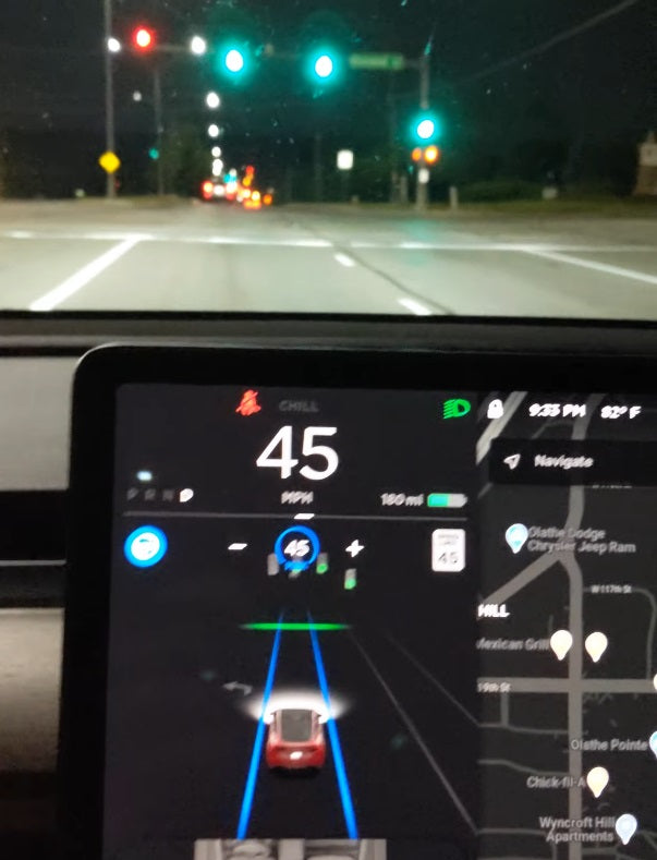 Tesla 2020.24.6.1 Software Update Autopilot Will Proceed on Green Light Without Confirmation
