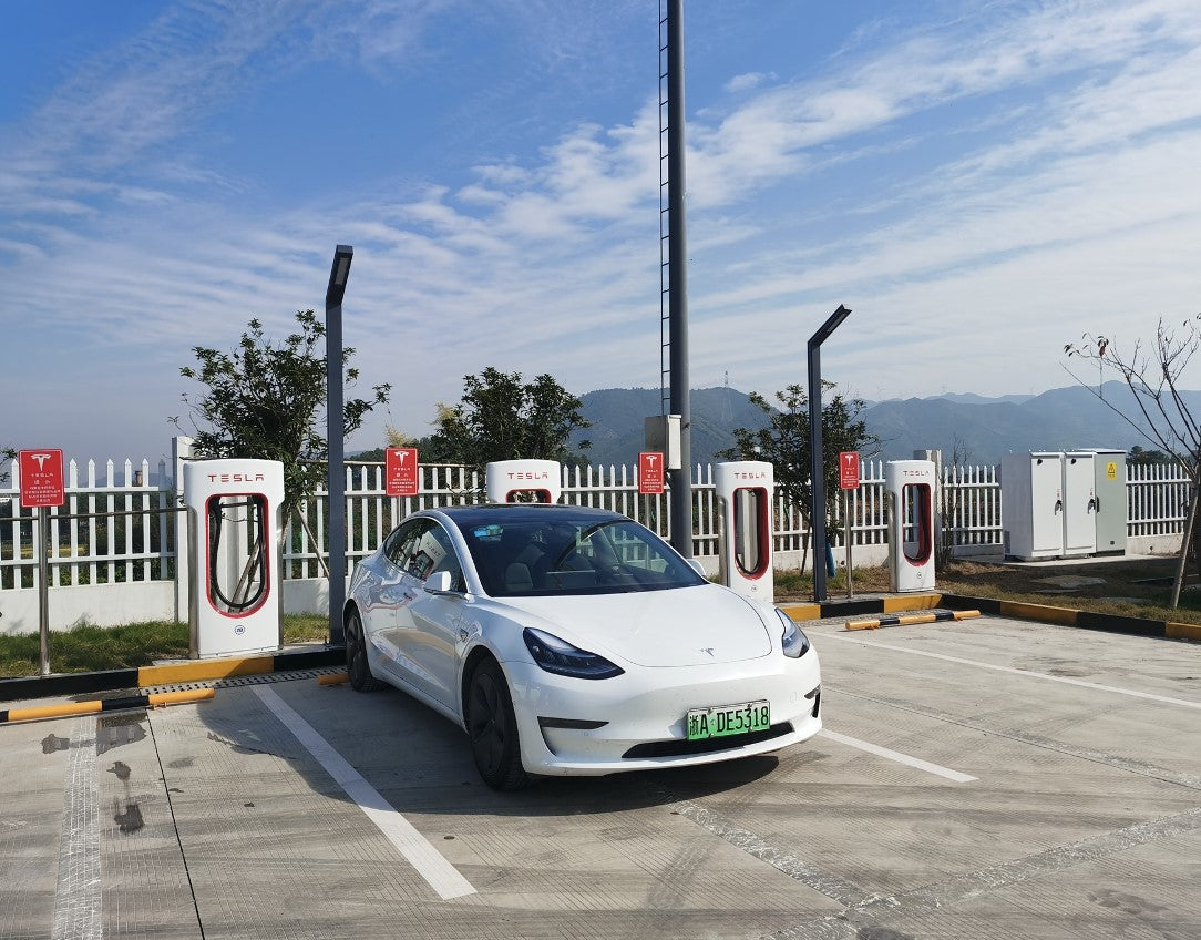 Tesla Becomes First Private Company in China Permitted to Build Superchargers in Select Highway Service Areas