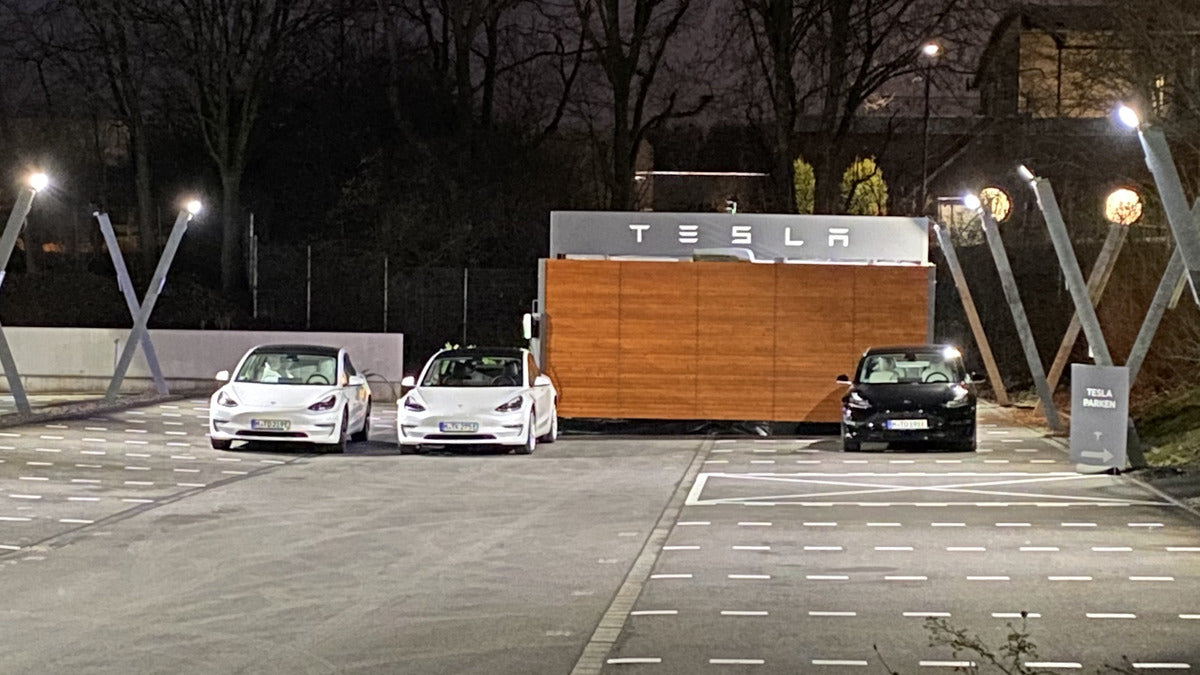 Tesla Opens Store in Germany near Iconic Daimler & Porsche Streets