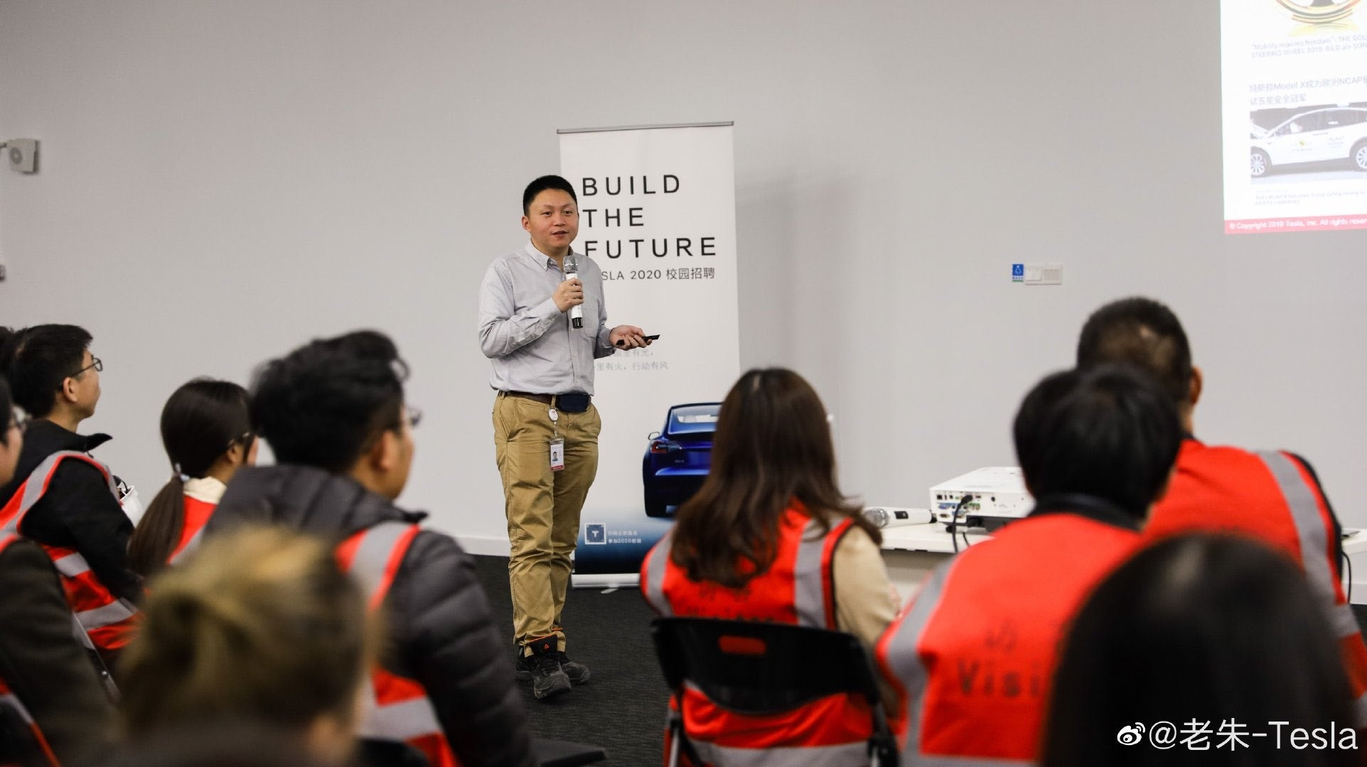 Tesla's Shanghai Gigafactory 3 manufacturing team opens campus recruitment — A brilliant move to prepare massive growth of China market!!
