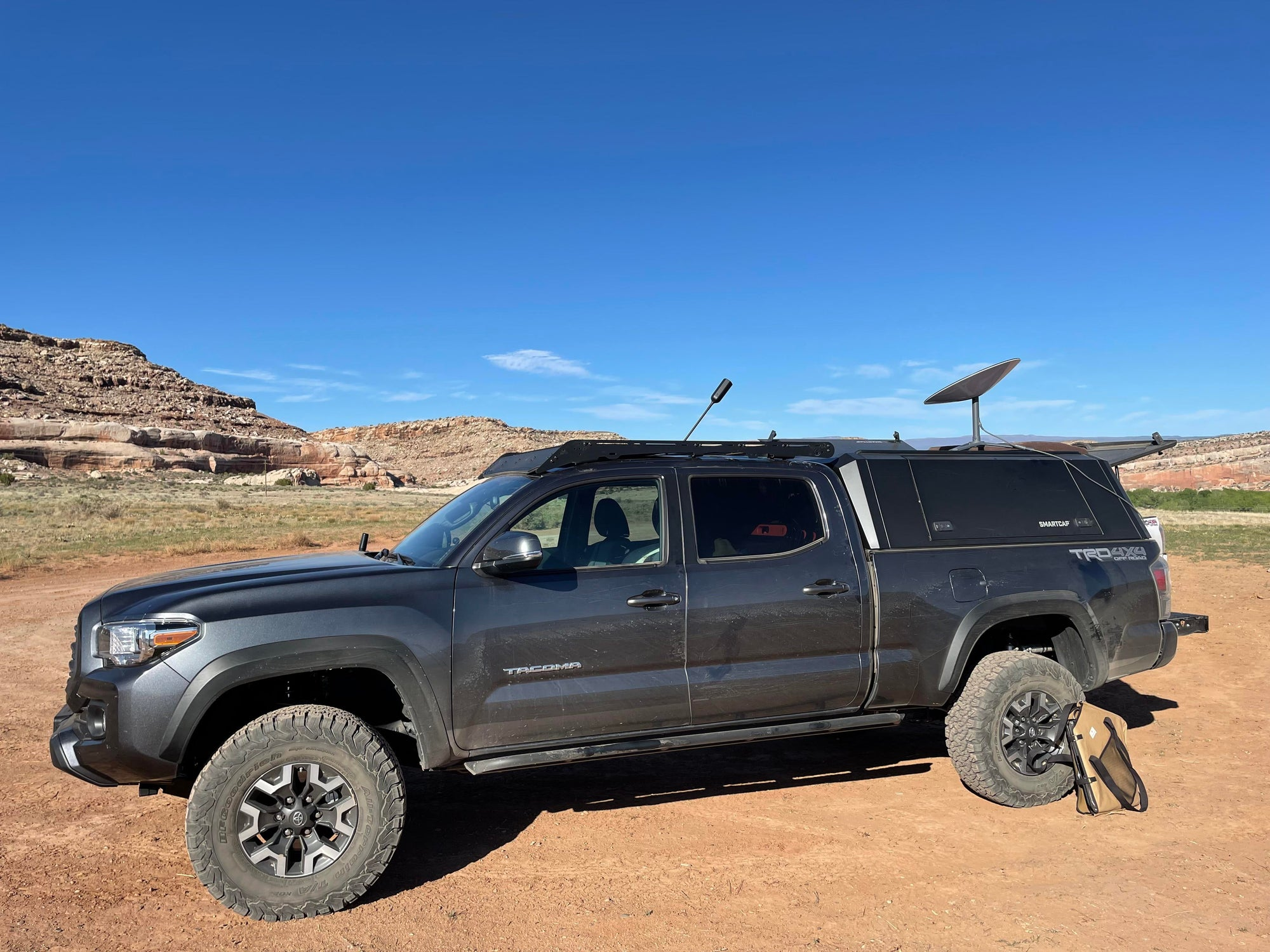 SpaceX Starlink Customer Uses Internet Service Aboard SUV While Camping In Utah