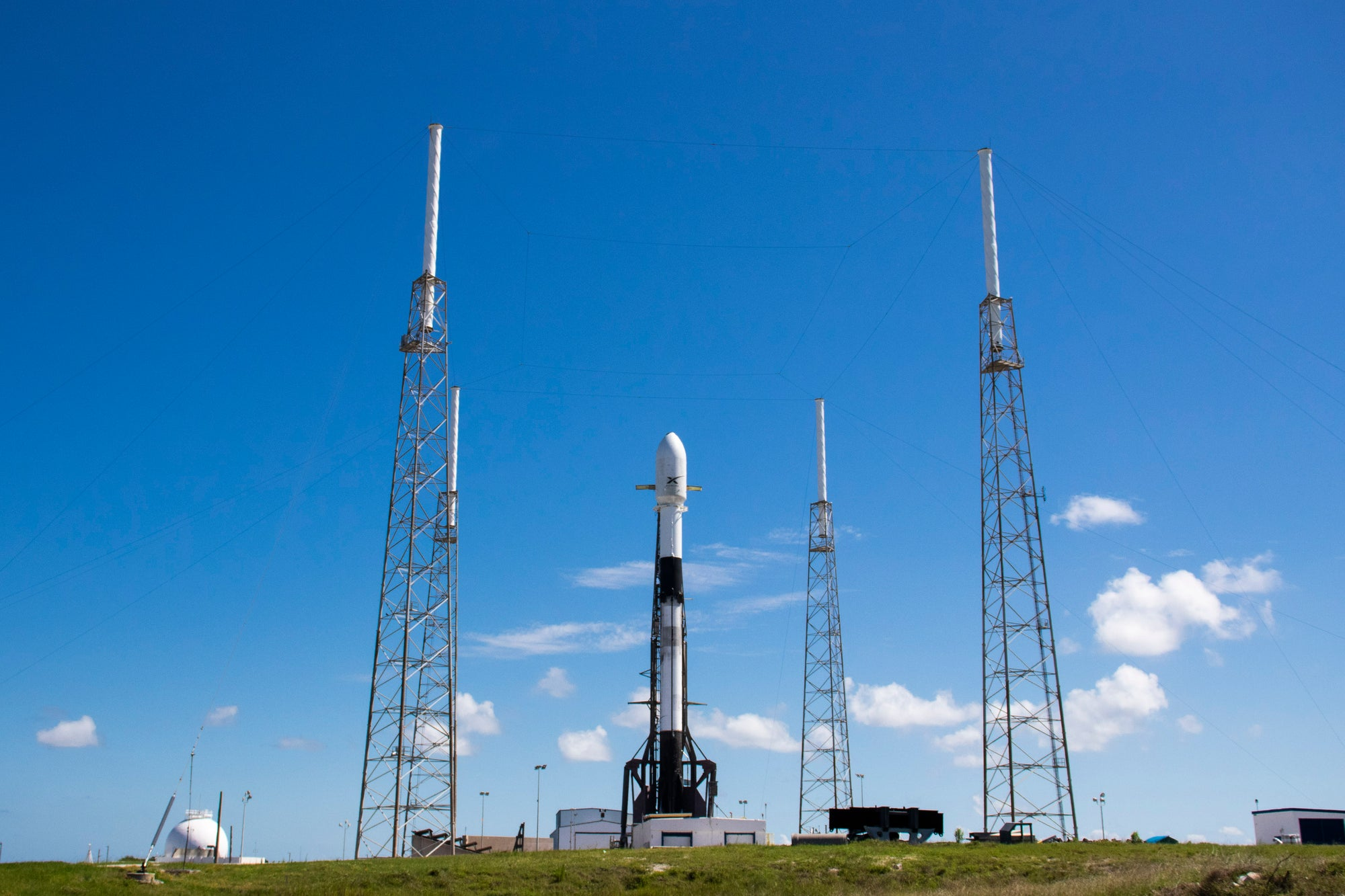 SpaceX's Falcon 9 rocket will deploy 3 Planet SkySats and 58 Starlink satellites -Watch It Live!