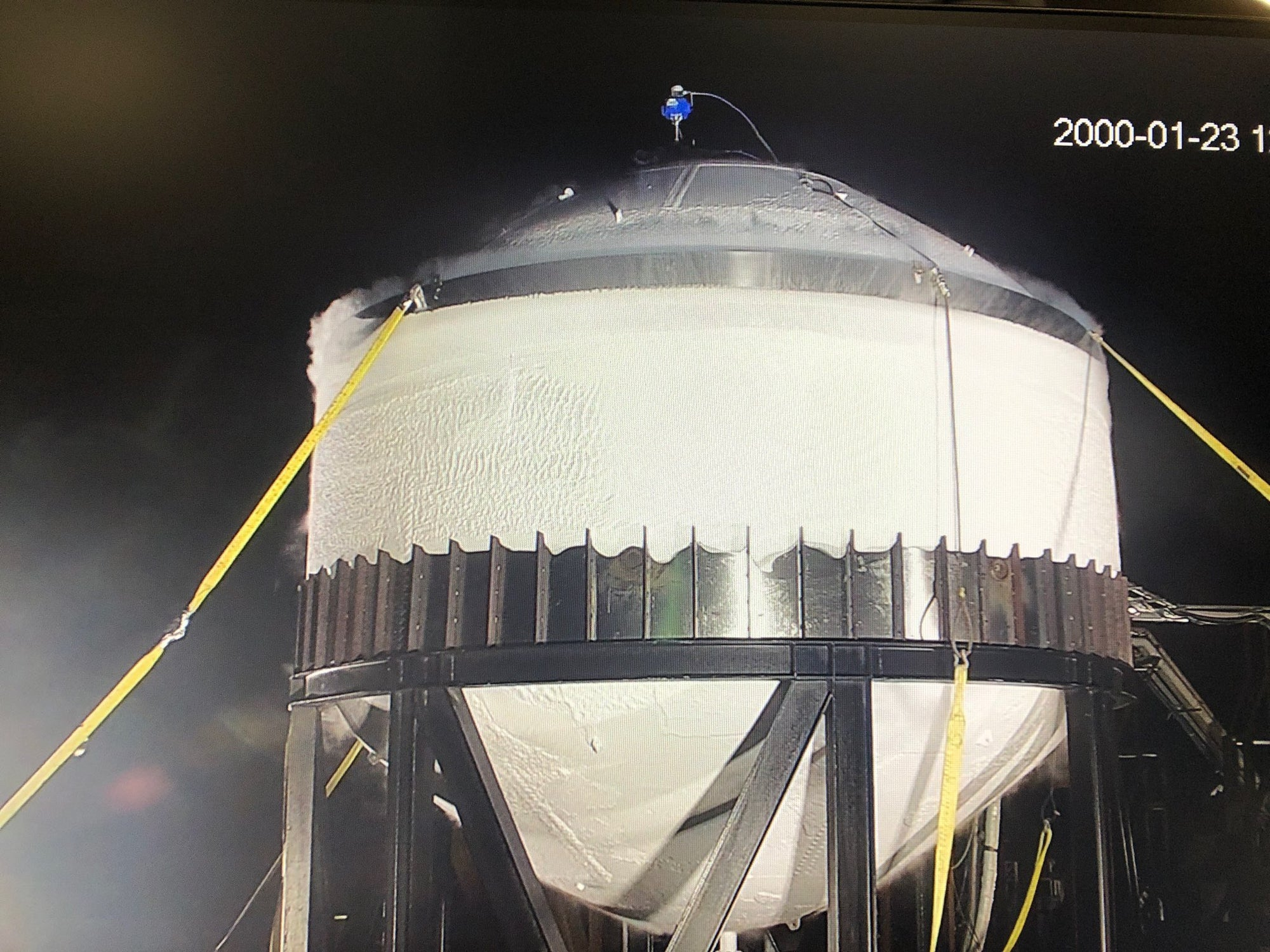 SpaceX conducts 'destructive' cryogenic strength test on a Starship dome tank at Boca Chica [VIDEO]