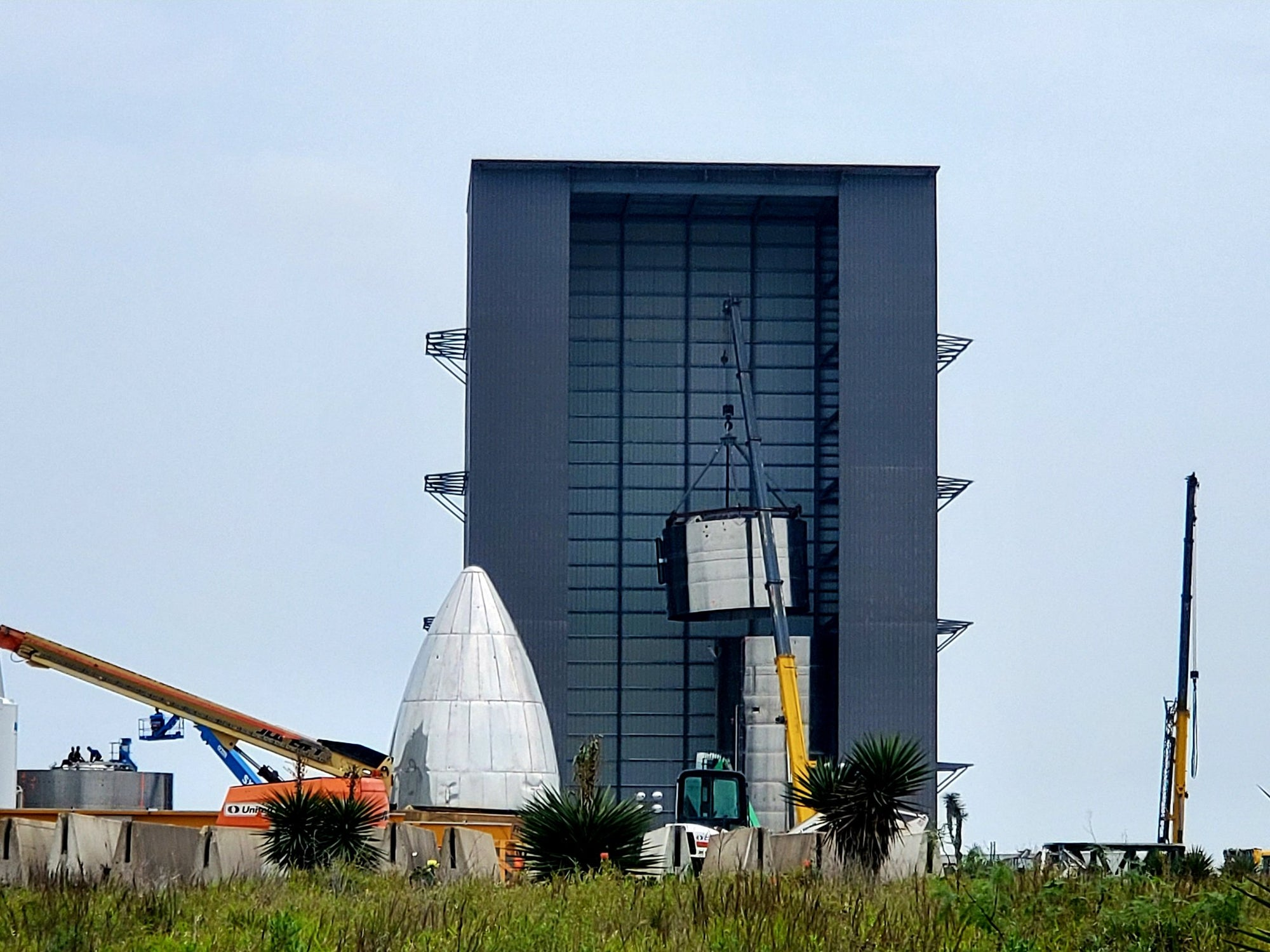 SpaceX is rapidly building the fourth prototype of Starship in Texas