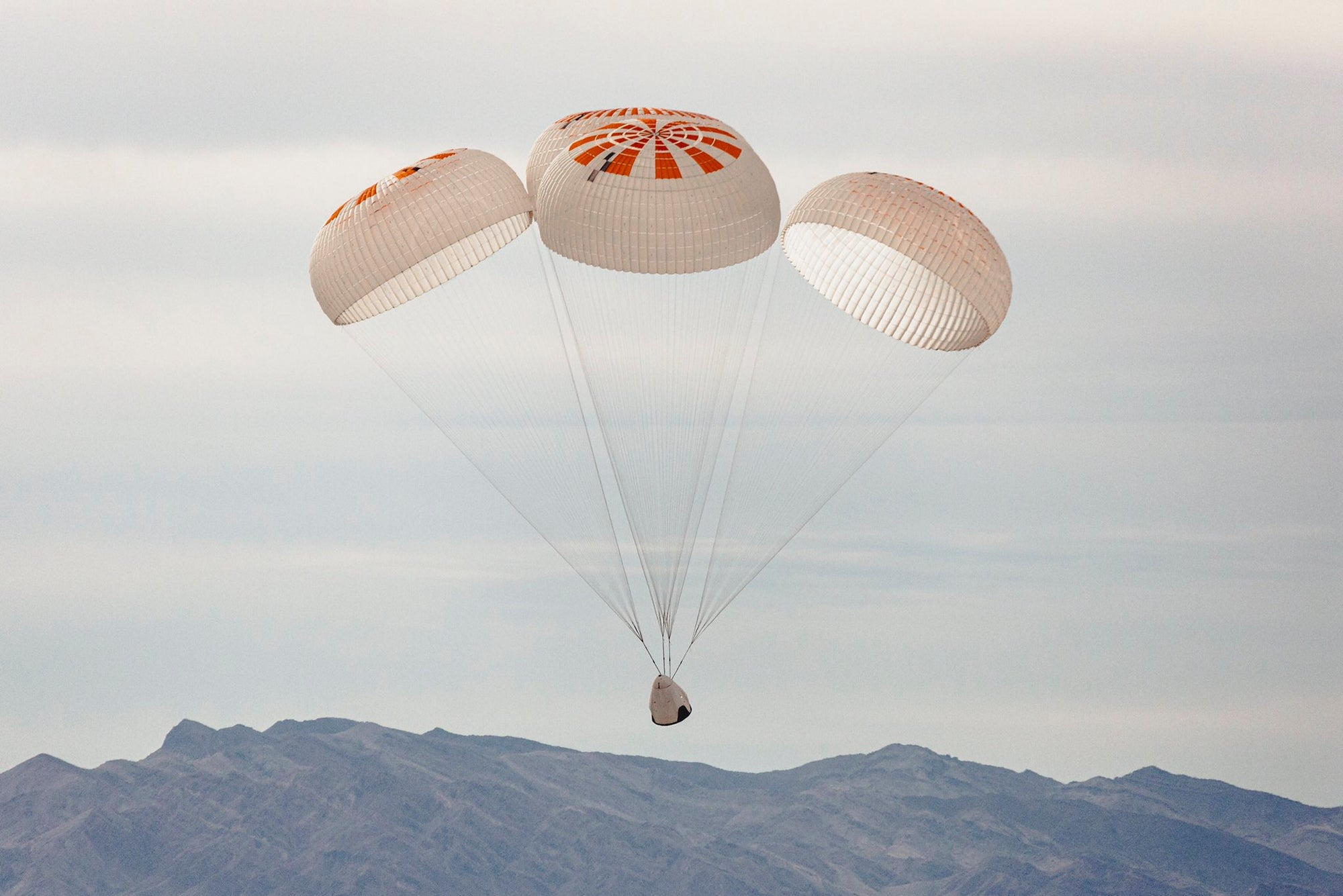 SpaceX will perform final Crew Dragon parachute tests with a C-130 cargo plane