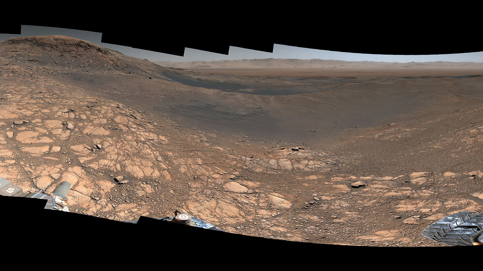 NASA's Curiosity rover captures stunning 1.8-Billion-Pixels photograph of Mars