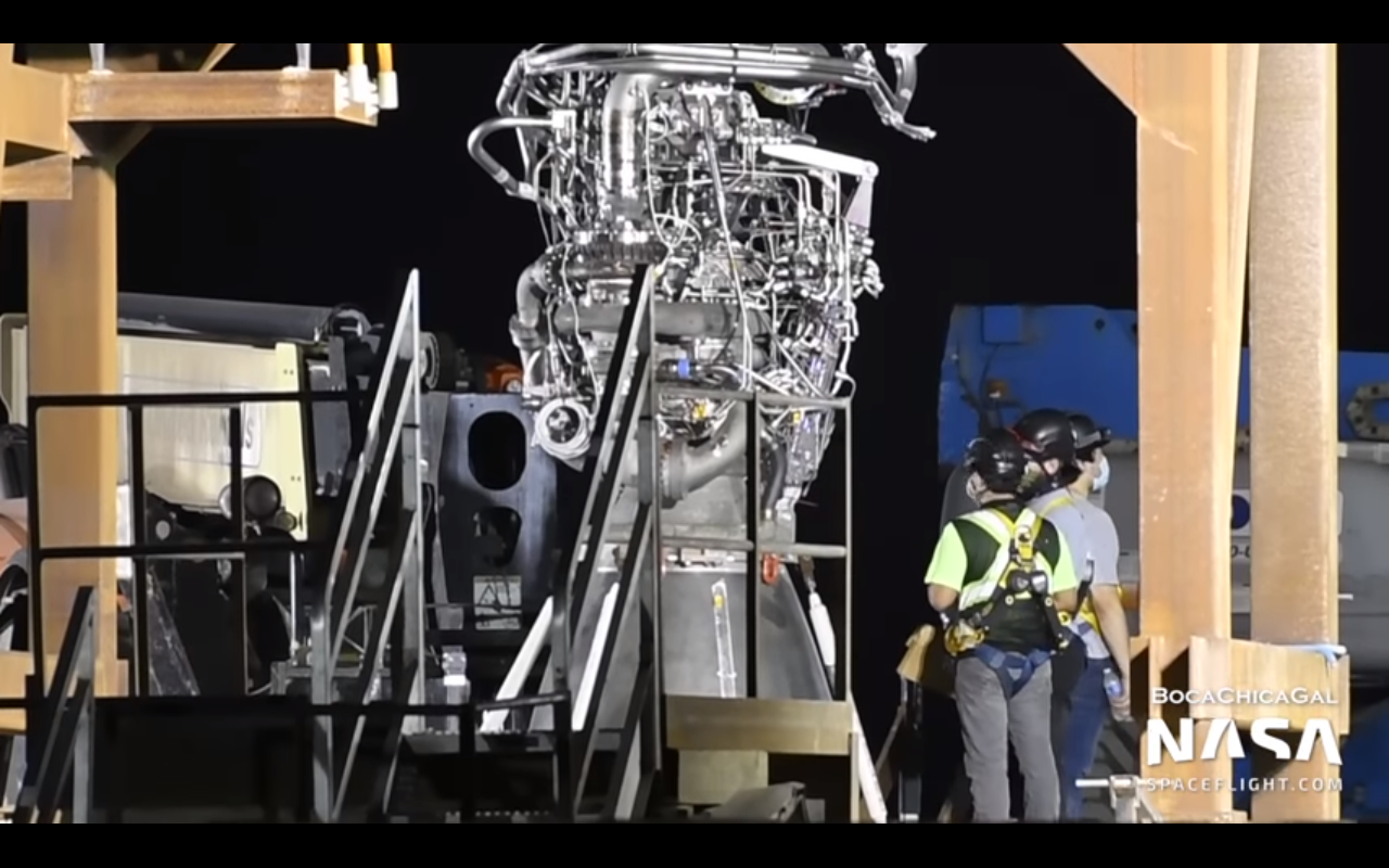 SpaceX teams install Raptor engine to the Starship SN5 test vehicle [video]