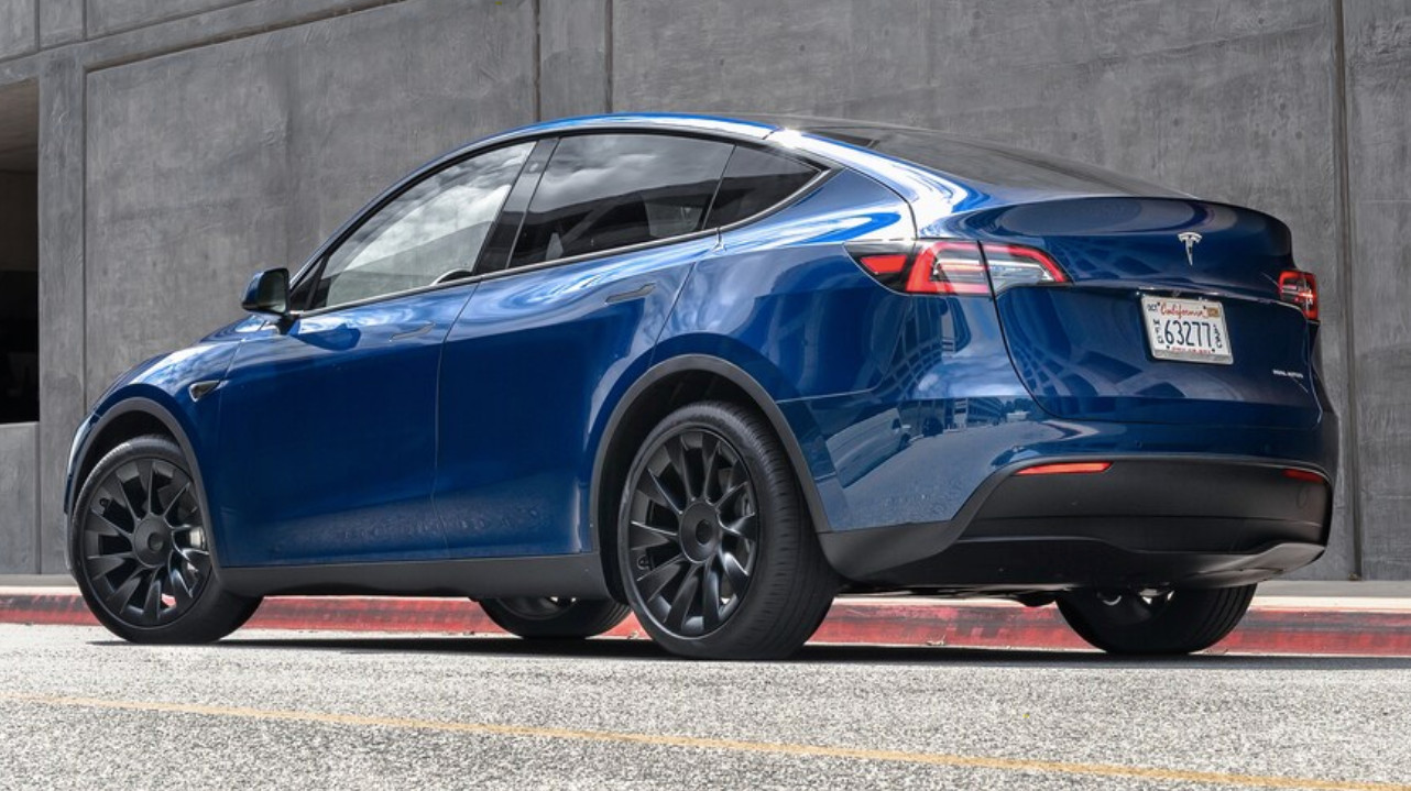 Tesla-model-y-review-motortrend