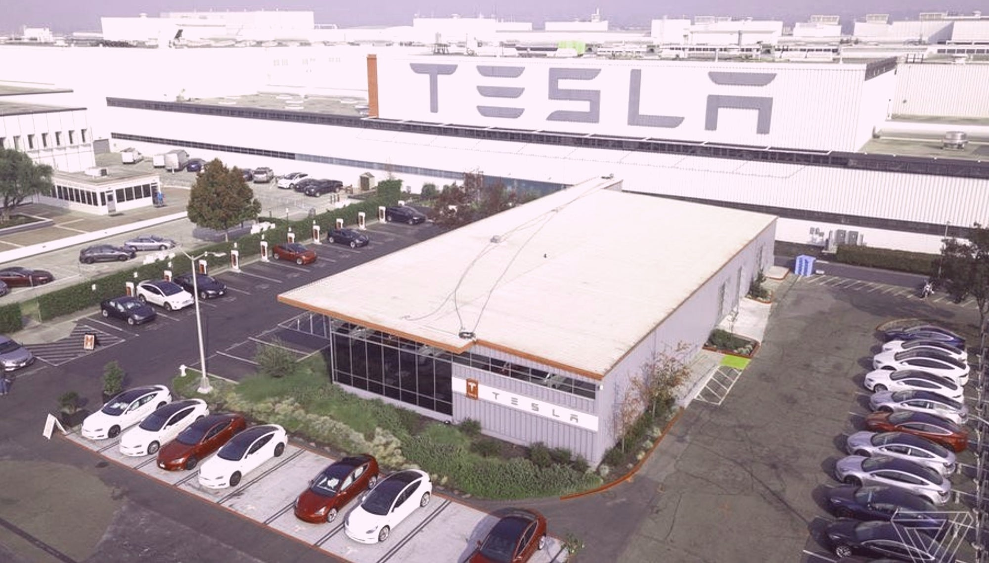 Tesla Fremont Factory's Roadrunner Project Indicates It Has Solved The Battery Bottleneck Issue
