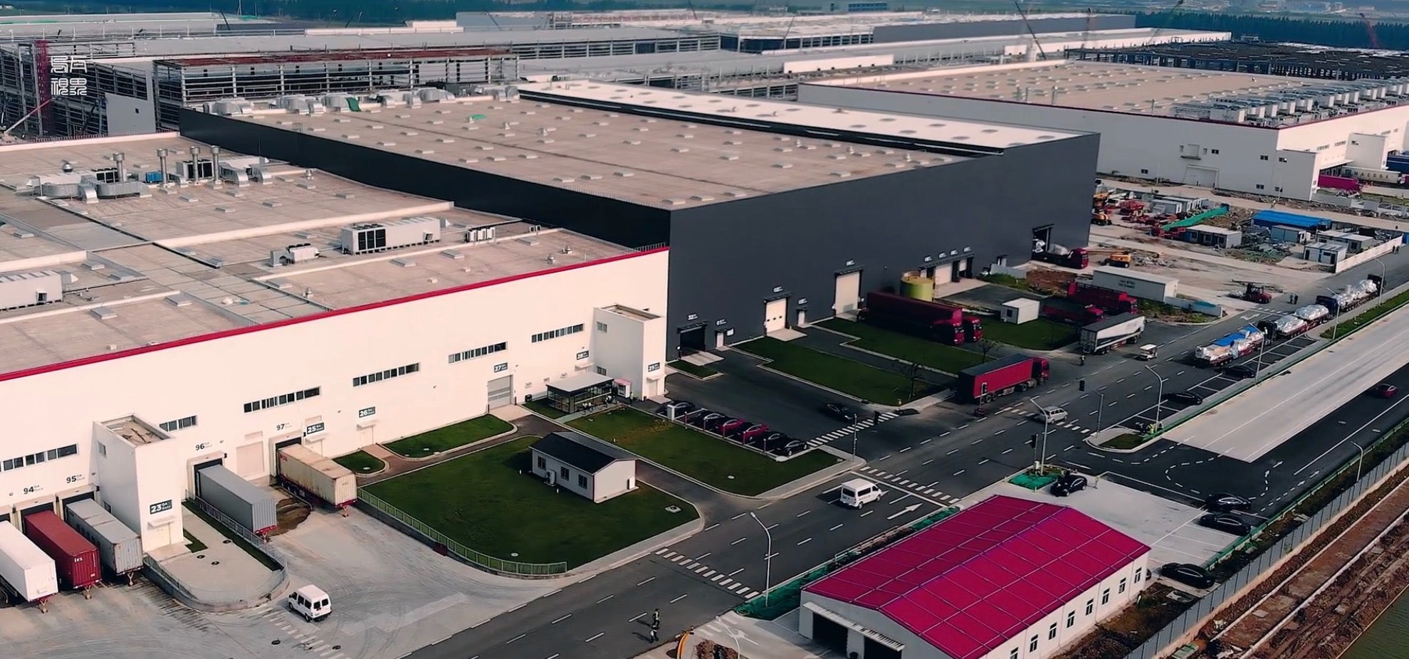 Tesla-Giga-Shanghai-Production-Rate-Battery-Supply