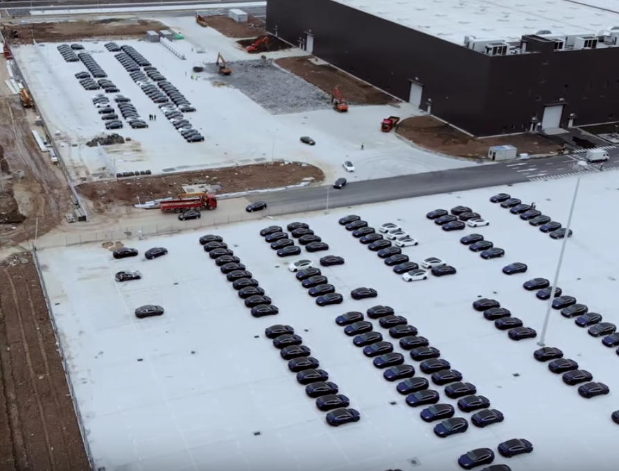 Tesla-Model-3-China-Gigafactory-3