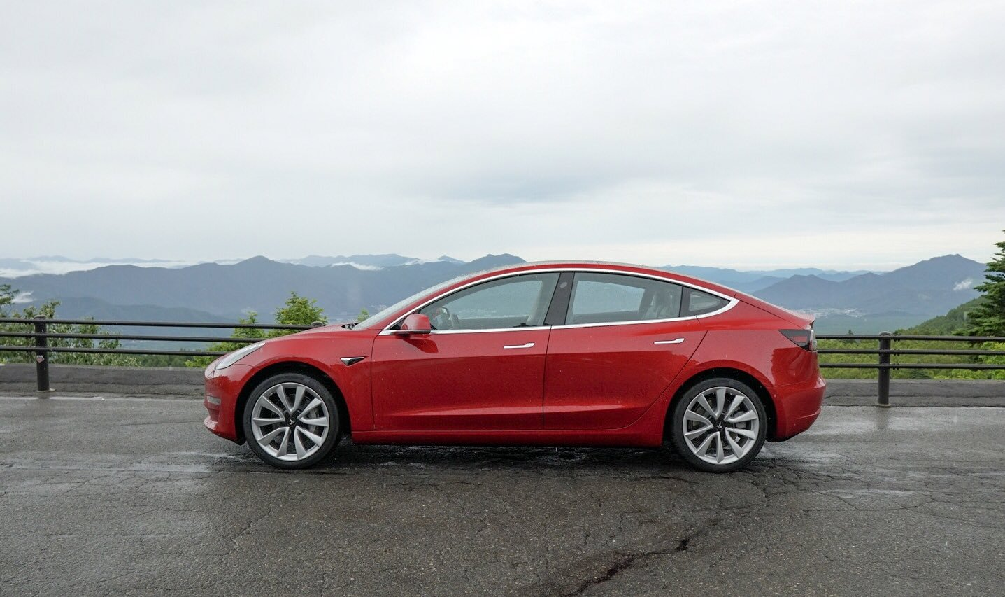 Tesla Model 3 nominated for Car of the Year Award in Japan