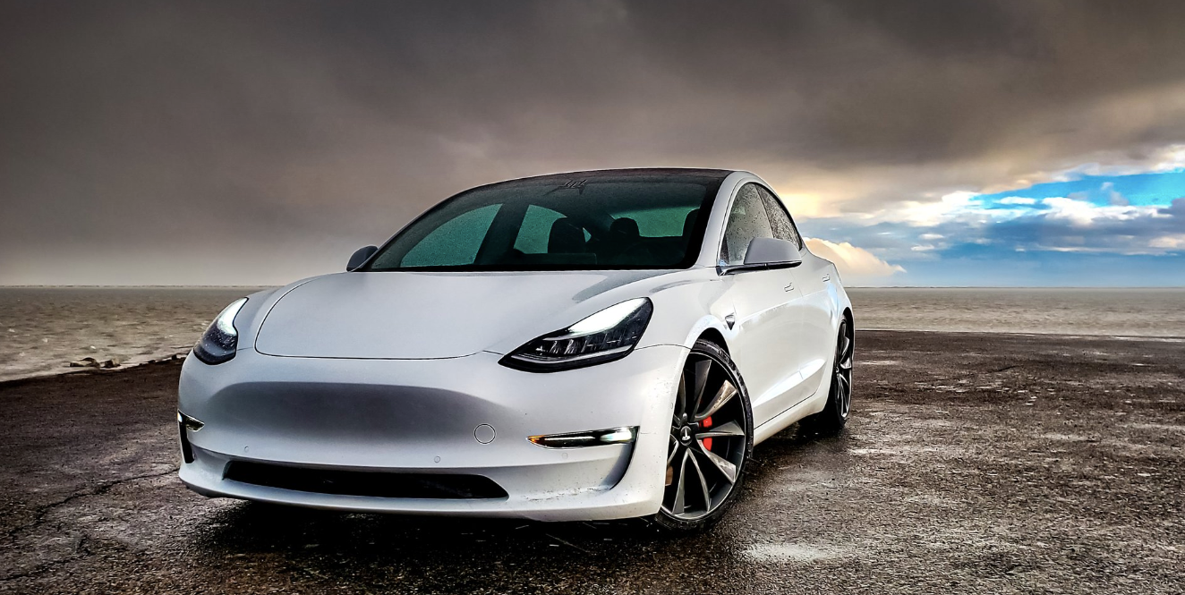 Tesla-Model-3-dominates-luxury-sedan-market