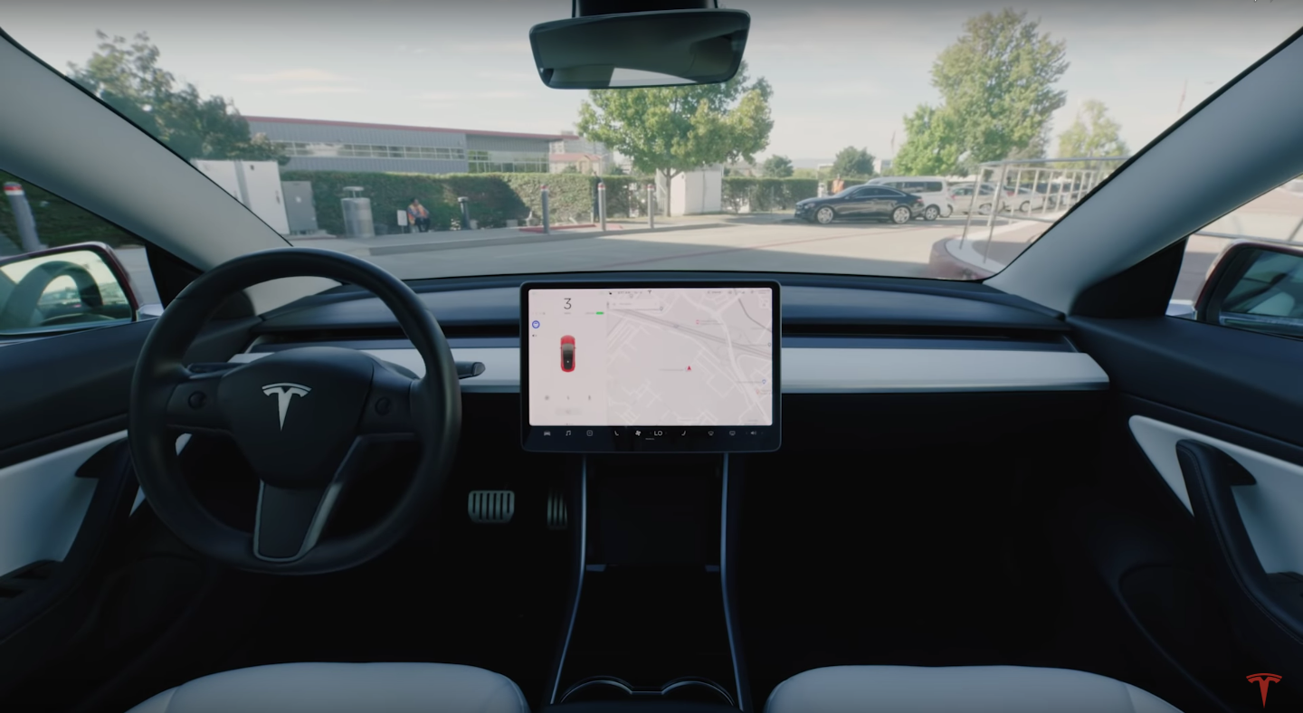 Tesla-Owners-Smart-Summon-Open-Street-Maps