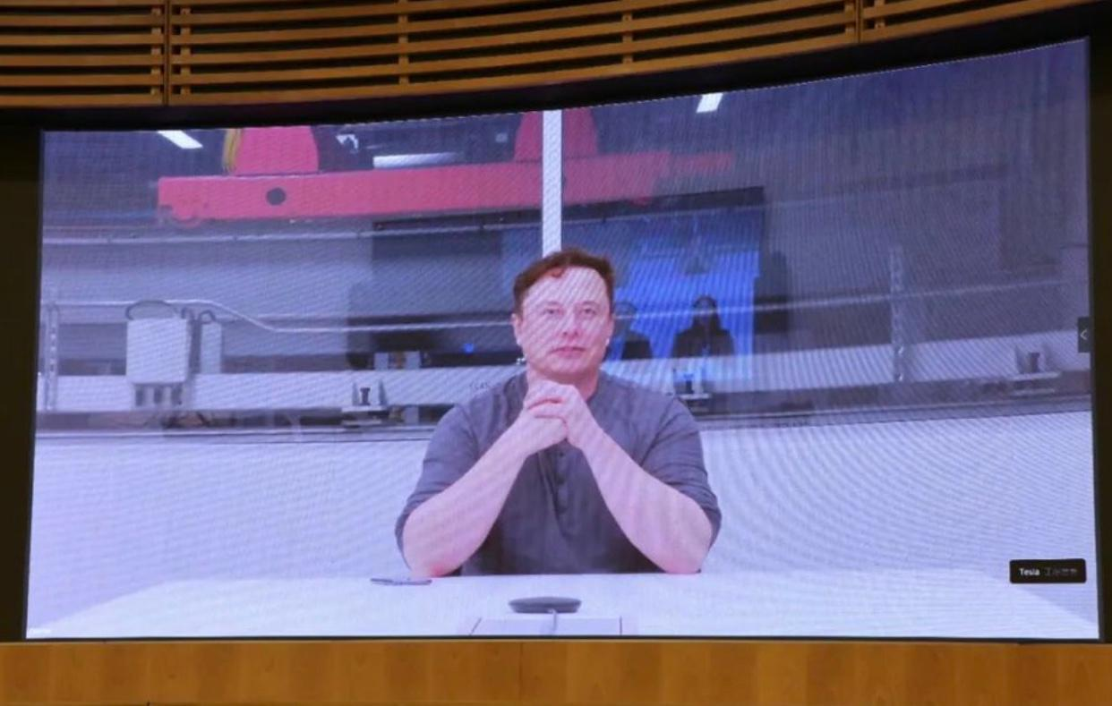 Secretary of Shanghai Municipal Party Committee Web Meeting with Tesla Elon Musk, Shows Support to Gigafactory Shanghai Project in China