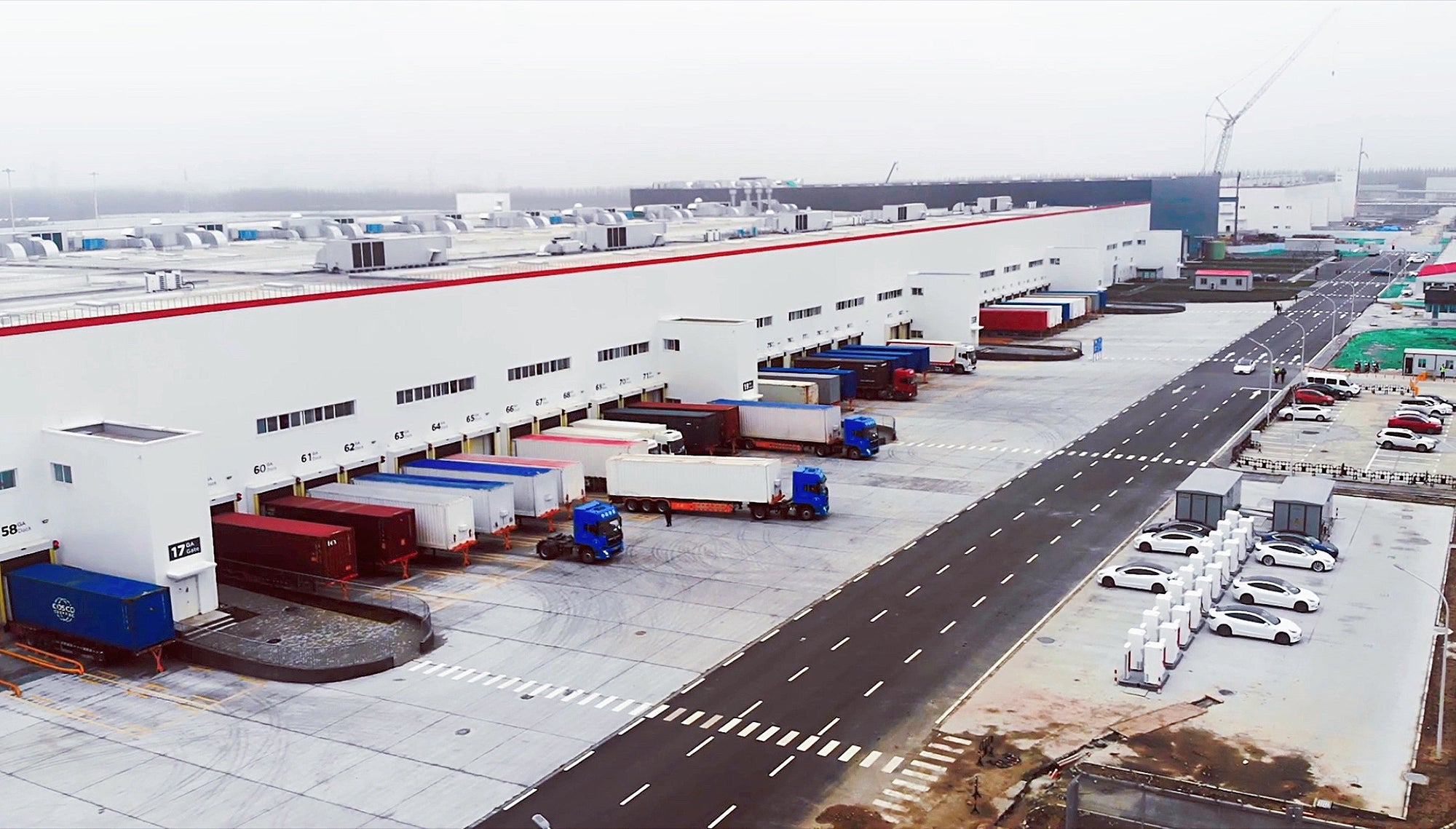 Tesla-Gigafactory-3-Shanghai-Resumes-Operation-Feb-2020