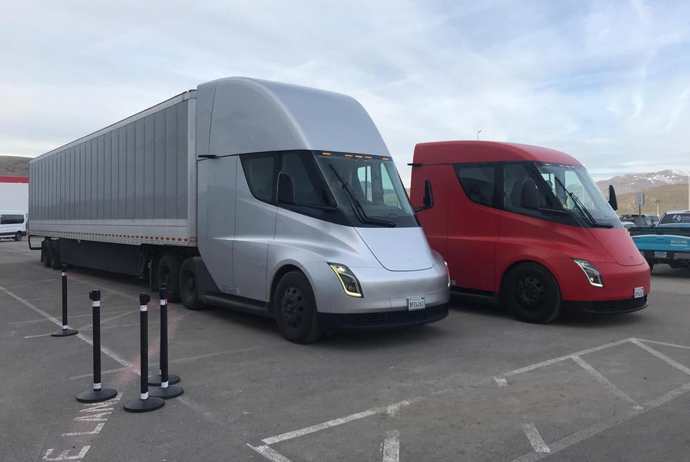 Tesla Semi Trucks Now Ready For Volume Production, Leaked Email By Elon Musk