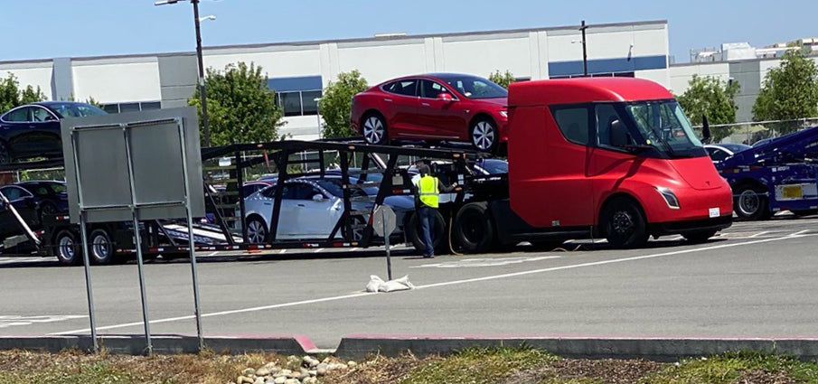Tesla Semi Joins Delivery Team To Bring Vehicles From Fremont For The Quarter End Push