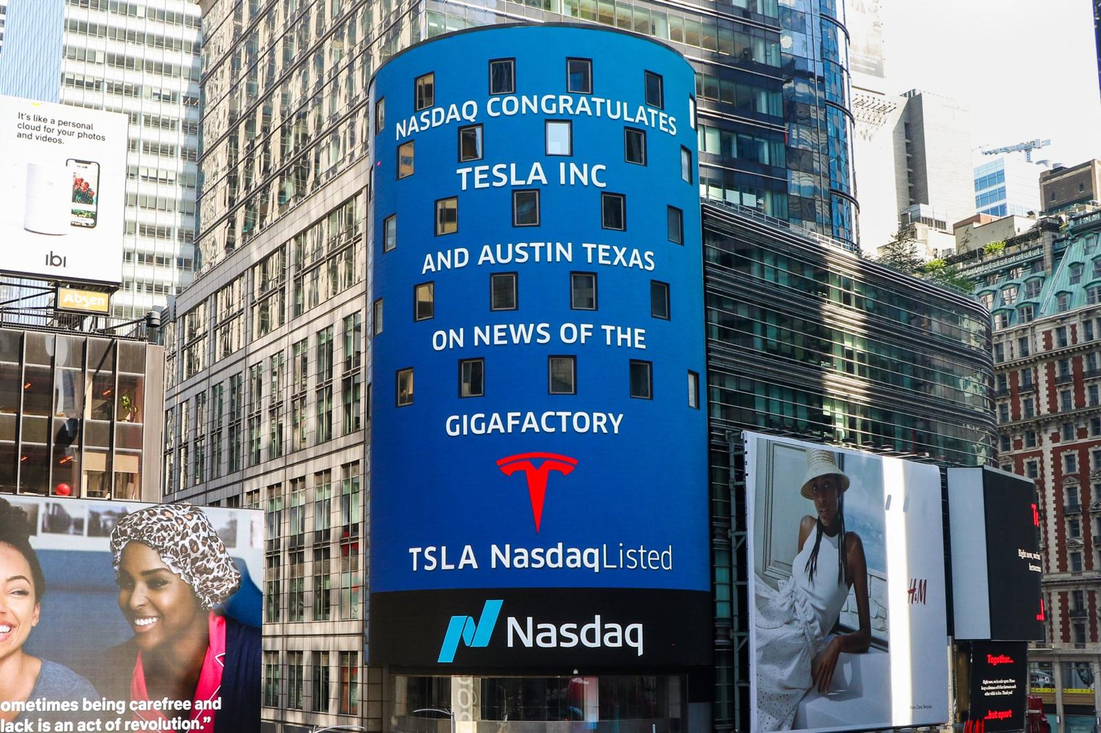 NASDAQ Congratulates Tesla and Austin Texas in Times Square on New Gigafactory