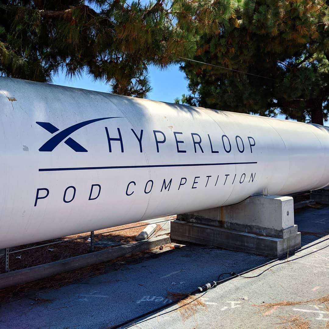 Elon-Musk-SpaceX-Hyperloop-Pod-Competition