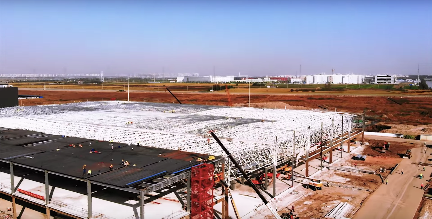 Tesla-Gigafactory-3-Phase-2-Oct-31