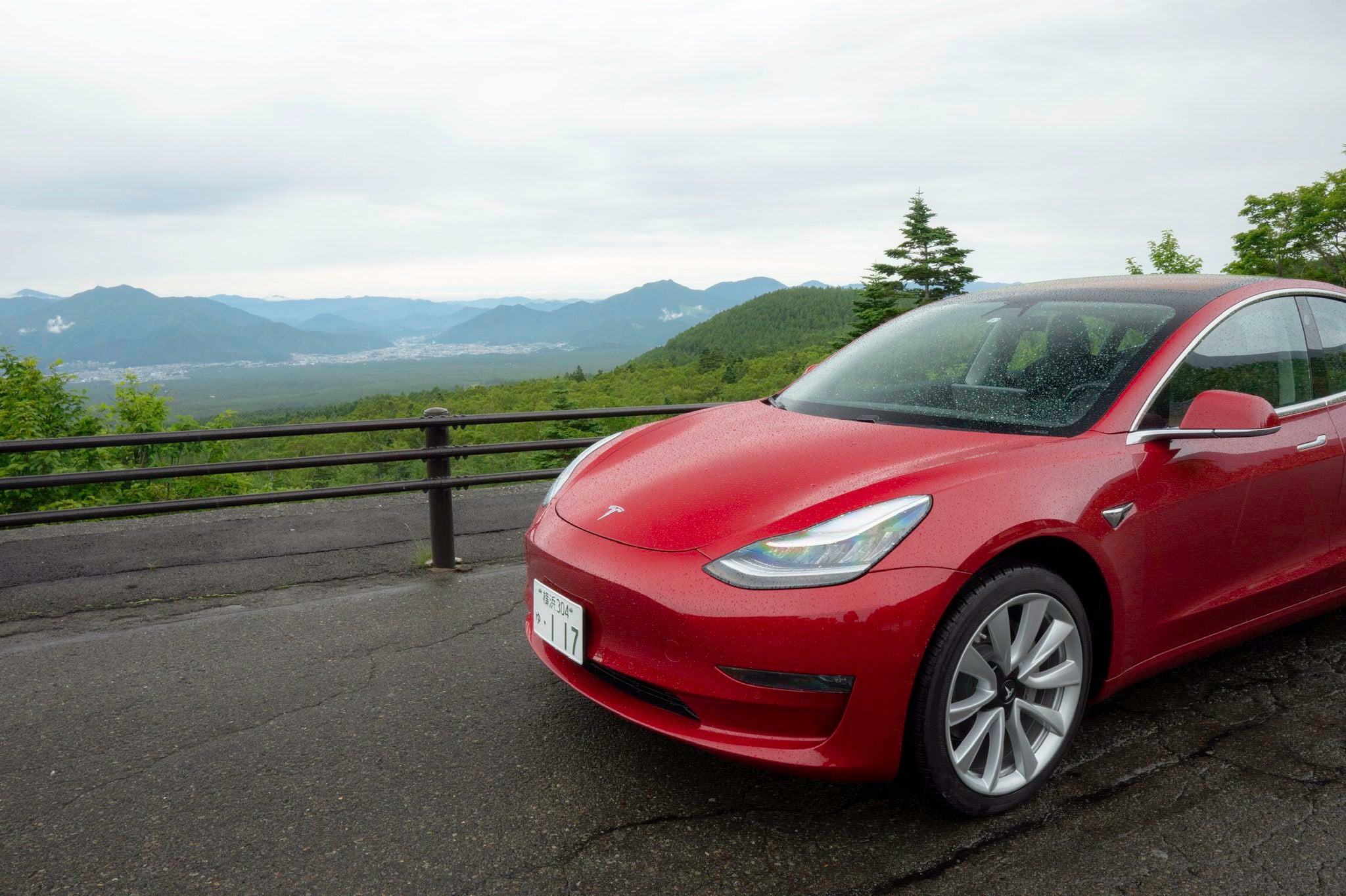 Tesla-Model-3-Car-of-the-Year
