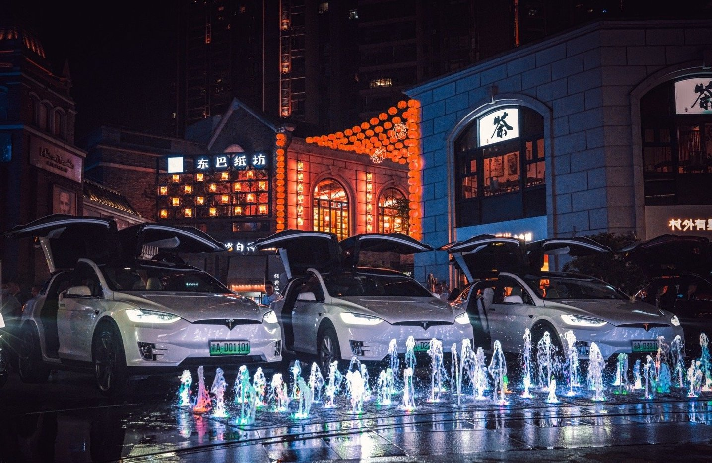 Tesla-Owners-Club-China-pop-up-Market