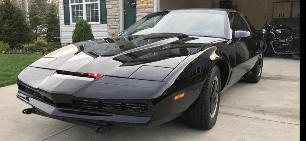 Teslas-talk-KITT-Knight-Rider