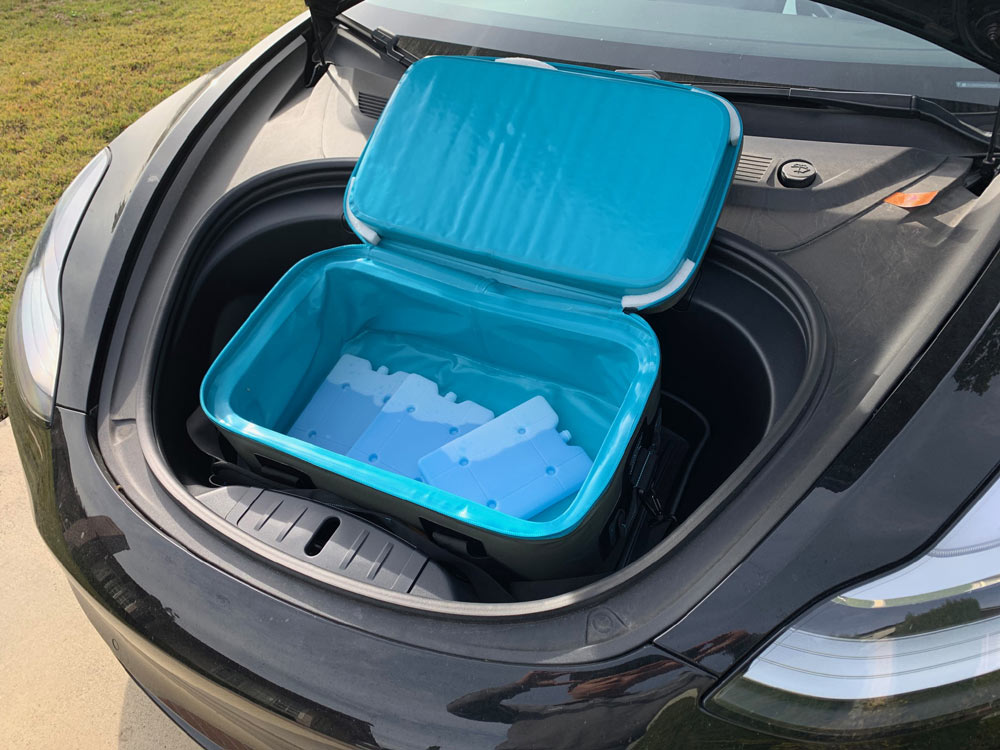Soft Cooler for Tesla Model 3