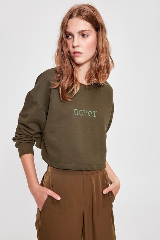 Embroidered Sweatshirt - DiPrié