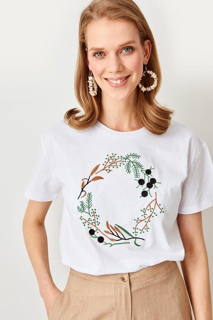 Summer White Embroidered Knit - DiPrié