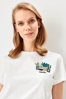 White Embroideried T-Shirts - DiPrié